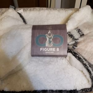 NWT David &Young infinity scarf